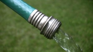 understanding electricity for portable generators water hose analogy